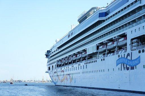 Cruise Ship, Luxury Liner, Ship, Steamer, Cruiser
