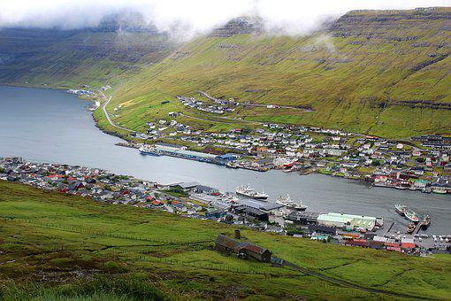 Klaksvik Harbour, Klaksvig Port, Faroe Islands, Bordoy