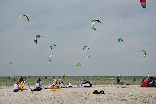 Kiting, Kiteboarding, Kite Surfing, Kitesurfing
