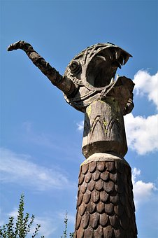 Sculpture, Flake, Viking, Wickie And The Strong Men