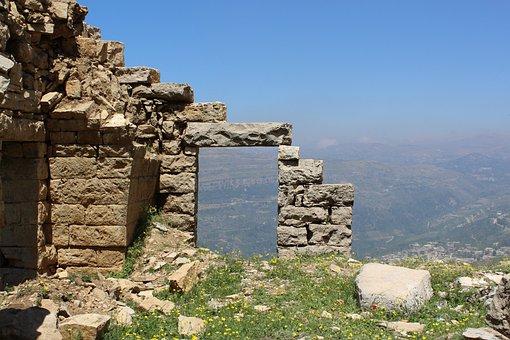 Zanbakeye Kfarnabrakh El Chouf, Ruins, Land Lebanon