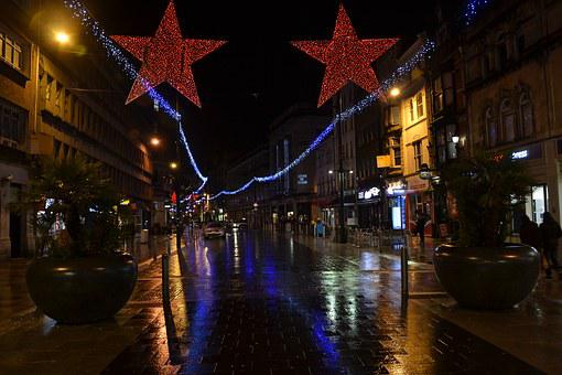 High Street, Cardiff, Night, Raining, New Year 2016