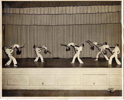 Adagio, Acrobatics, Boys, Girls, Stage, Performance
