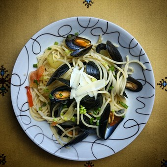 Seafood, Clams, Mussels, Spaghetti, Food, Dinner