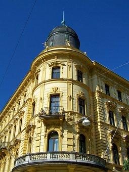 Corner House, Ornate Facade, Architecture