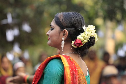 Bangladesh, Women, Duncing