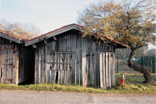 Huts Old, Port, Lanton