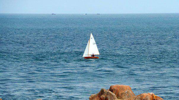 Sailing Boat, Brittany, Holzjolle, Rock, Sea