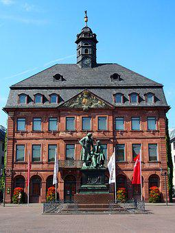 Old Town Hall, Brothers Grimm, Hanau, Marketplace