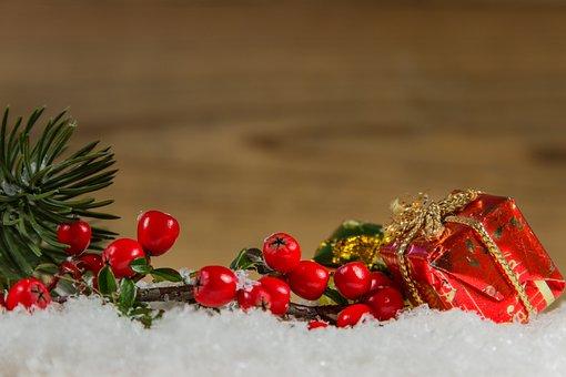 Christmas, Snow, Wood, Berries, Fir Tree, Candles