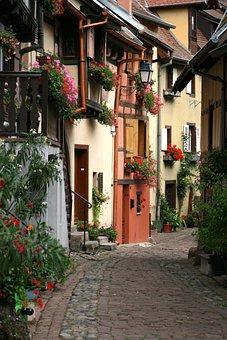 Eguisheim, Alsace, Historic Center, Truss