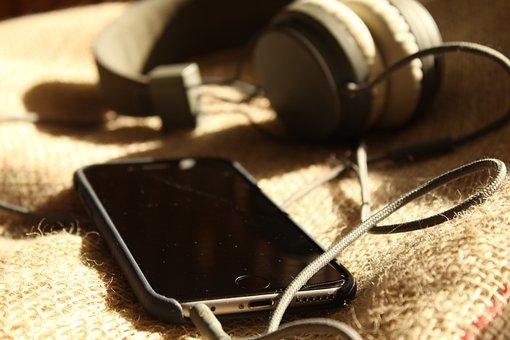 Iphone, Aardappelzak, Headphones, Telephone