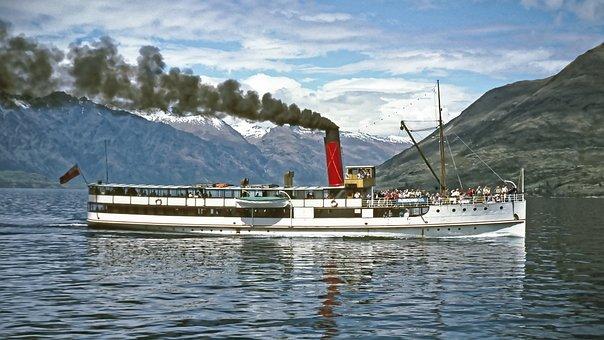 New Zealand, Earnslaw, Steamboat, Lake Wakatipu