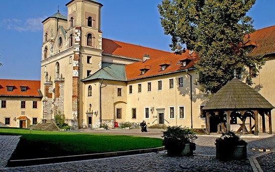 Tyniec, Abbey, Architecture, Monastery, Courtyard