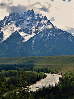 Wyoming, Grand Teton Mountains, Snake River, Hiking