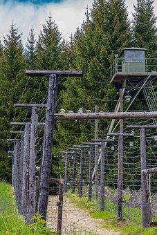 Border, Cross Fence, Cross Plant, Todesstreifen