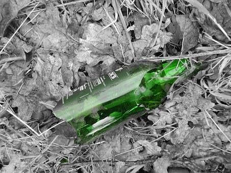 Glass Breakage, Glass, Green, Fundsache, Garbage