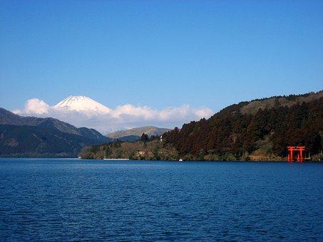 Lake Ashi, Mt Fuji, Torii, Red, Kanagawa Japan