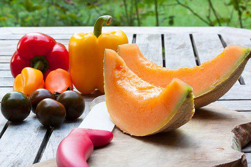Melon, Disc, Knife, Ceramic, Tomato, Paprika, Red