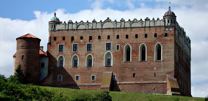 Castle, Poland, Monuments