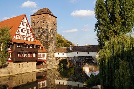 Nuremberg, Pegnitz, Old Mensa, Historic Center