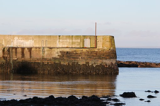 Scotland, Caithness, Skarsferry, Harrow, Port Harrow