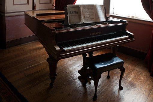Piano, Piano Stool, Sheet-music, Oak Flooring