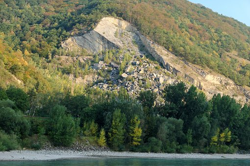 River Cruise, Wachau, Idyllic, Quarry, Rock