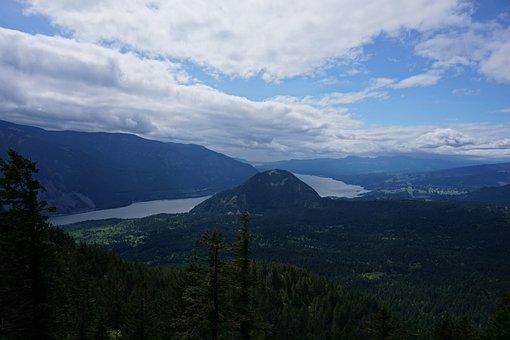 Blue Sky, Gorge, Columbia River