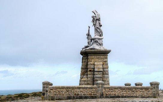 Statue, Sea, Pierre, Sculpture, Sky