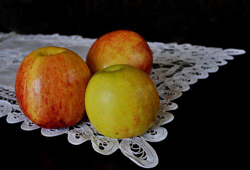 Apples, Vitamins, Fruit, Mature, Delicious, Tablecloth