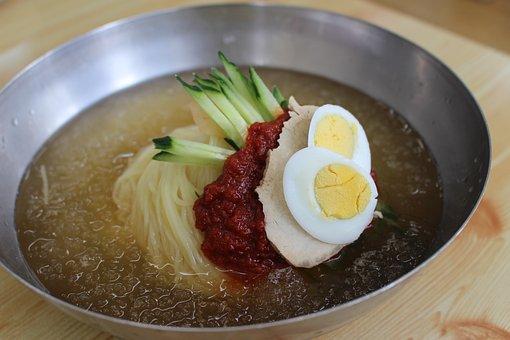 Water Noodle, Pushing, Busan When