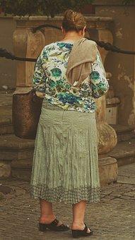 Woman, Grandma, Seniorin, Old, Walk, Watch, Focused
