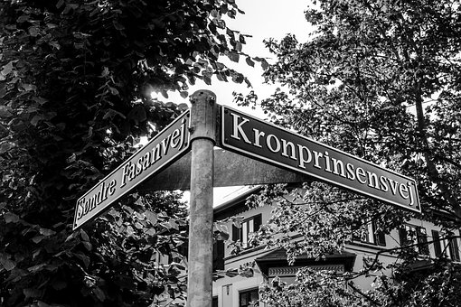 Shield, Road, Away, Corner, Orientation, Metal, Denmark