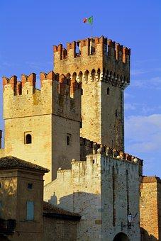 Torre, Castle, Walls, Sky, Flag, Italiana, Sirmione