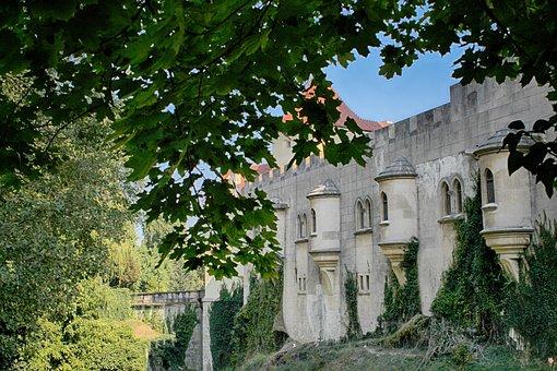 Bojnice Castle, Slovakia, Lock