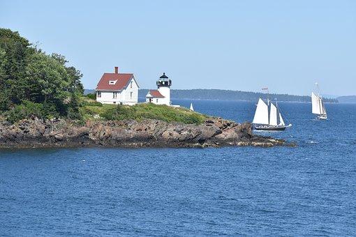 Curtis Island Light, Camden, Lighthouse, Windjammer