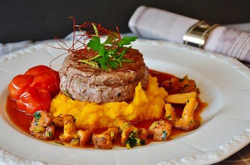 Fillet, Beef, Beef Steak, Chanterelles, Red Wine Sauce