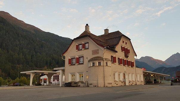 Railway Station, Zernez, Graubünden, Engadin, Mountains