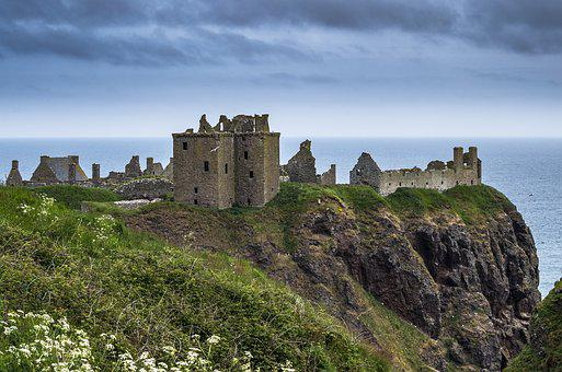 Stayed Castle, Aberdeenshire, Scotland, Middle Ages
