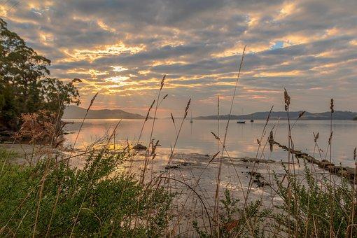 Snug, North West Bay, Australia, Tasmania, Coastal