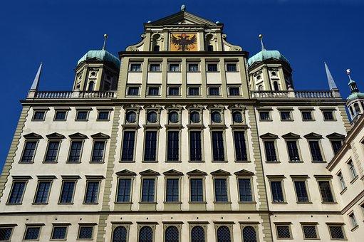 Town Hall, Augsburg, Historically, Historic Center