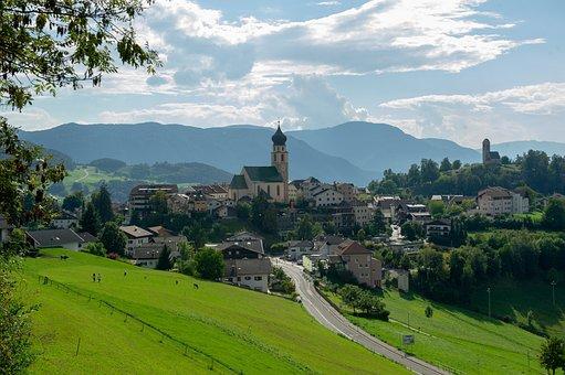 Fiè Allo Sciliar, South Tyrol, Altoadige, Italy