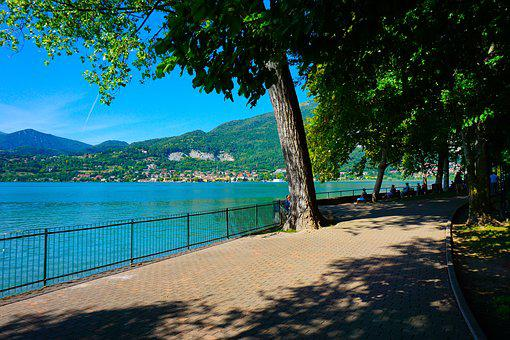 The Lake Of Pusiano, Lake, Como, Lecco, Walk, Cycle