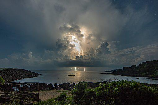 Lightning, Sea, A Surname