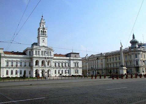 Arad, Transylvania, Center, Architecture