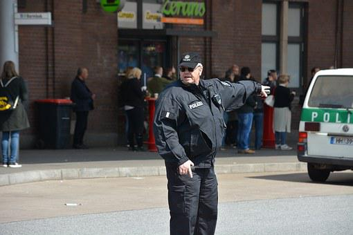 Police, Hamburg, 1 May, Rally, Barmbek
