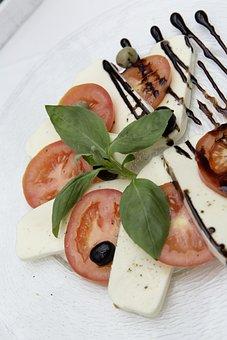 Caprese, Tomatoes, Mozzarella, Basil, Delicious, Frisch