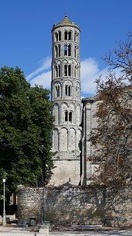 Fenestrelle Tower, Romanesque