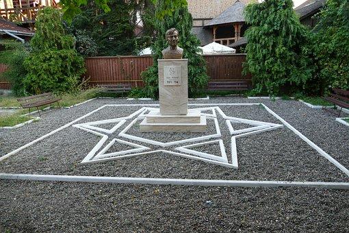 Sighetu Marmatiei, Romania, Transylvania, Monument